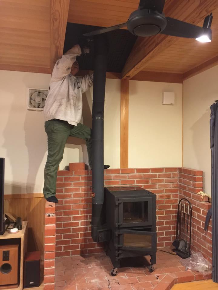 自宅に「なんたん暖炉」を設置してくださった小関さん